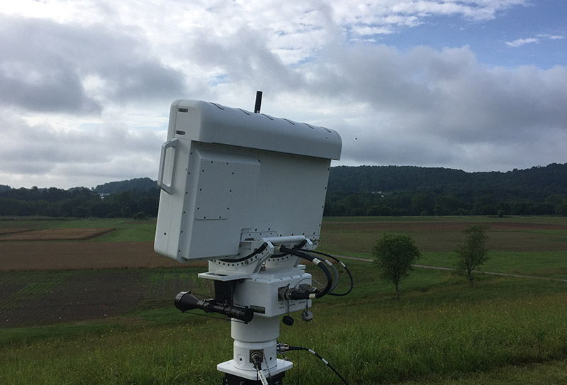Gryphon R1410 Radar in a field